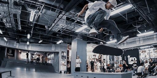 スケボー|HOME|スポタカスケートボード大阪
